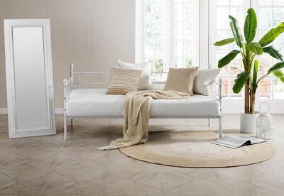 SEVILLA - White Single Day Bed
