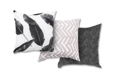 BLACK - 3 Pack of Cushions