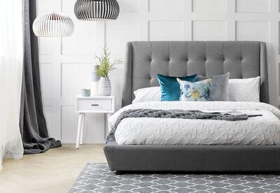 FULTON - Queen Bed