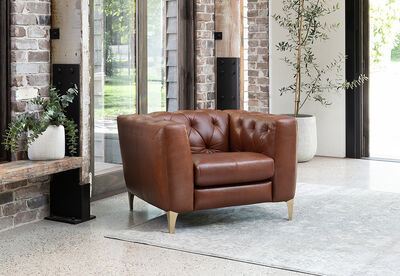 DUBOIS - Leather Chesterfield Accent Chair